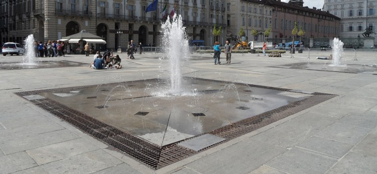 piazza-castello-fontana.jpg