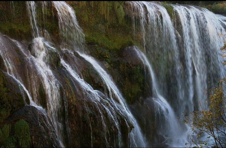 cascata-dacqua