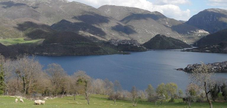 lago di turano 2